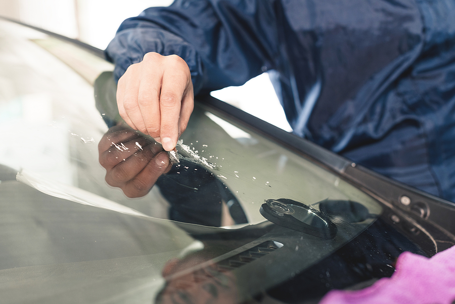 What Causes Windscreen Damage?