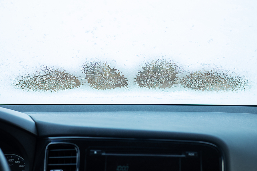 Why Do Windscreens Ice Up On The Inside?