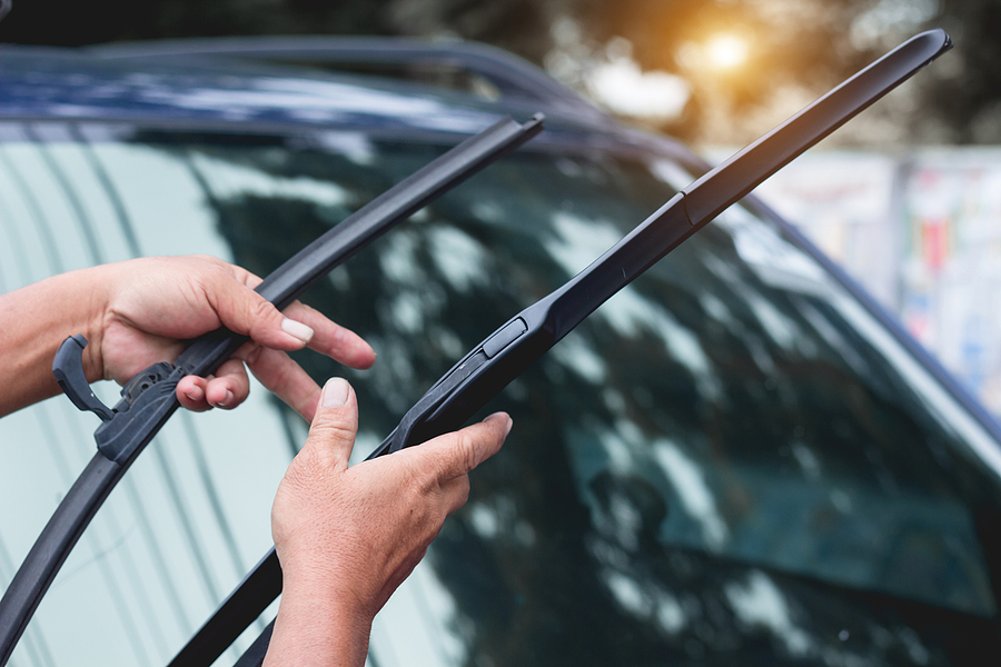 How To Fix Common Windscreen Wiper Problems